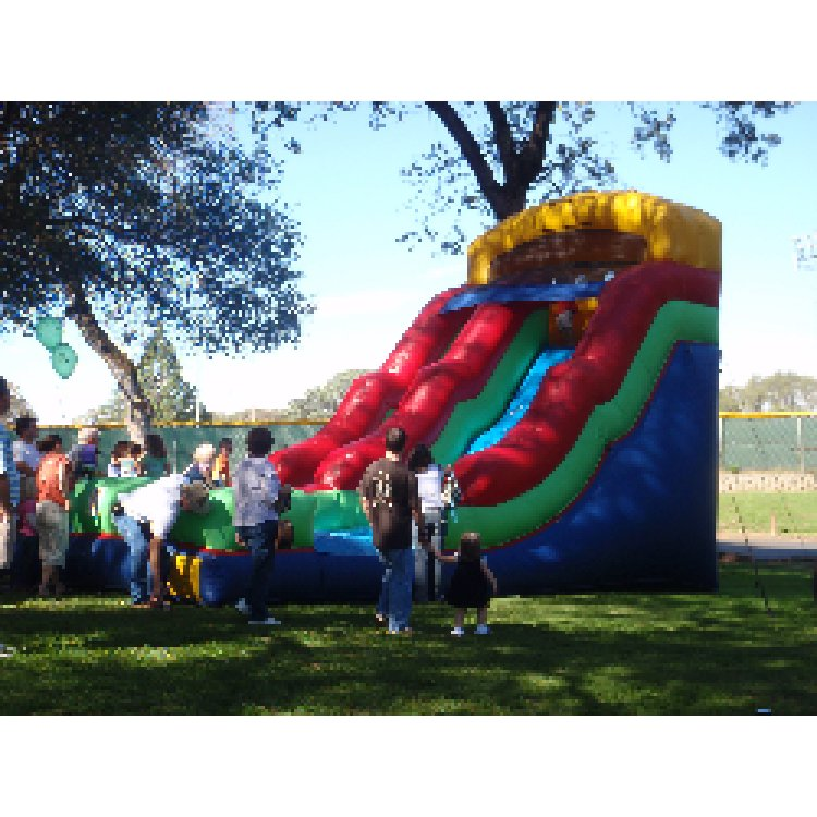 Jumbo20Slide 359236325 big 1 Jumbo Wet Slide
